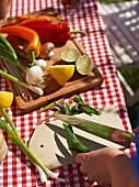 Gemüse fürs Grillen vorbereiten