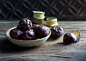 Fruity power balls with candied fruit