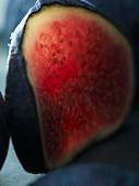 Scheibe einer roten Feige (Close Up)