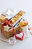 Würzige toskanische Cracker als Weihnachtsgeschenk