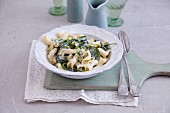 Quick pasta with Gorgonzola and spinach
