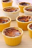 Crème brûlée in baking dishes
