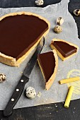 Vanilla and chocolate cream tart