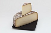 Abbaye de Belloc cheese from the Pyrenees