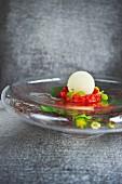 Aloe-vera-Schneeball mit Pannacotta und Erdbeeren, Restaurant Meierei Dirk Luther