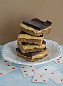 Millionaire's shortbread with dark chocolate and caramel (England)