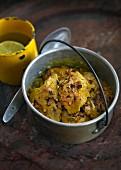 Hähnchencurry im Kochtopf (Indien)