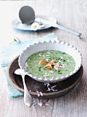 Woodruff soup with fresh daisies