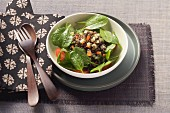 Lentil salad with spinach
