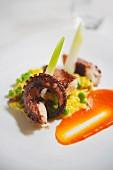 Gericht aus dem Goldenen Engel in Flonheim: Pulpo mit Erbsen-Rosinen-Mandel-Risotto