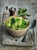 Savoy cabbage medley with parsley