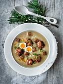 Meatball soup with egg