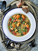 Mussel and vegetable soup