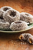 Lamington-Donuts