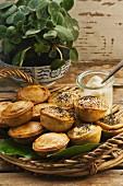 Mini mushroom pies with thyme