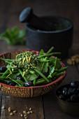 Bean salad with lemon pesto