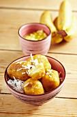 Fried bananas with pineapple sauce