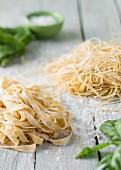 Fast shrimp pasta with coriander