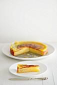 Three pear cheesecake, sliced