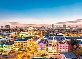 Buntes Miami am Abend, Florida, USA