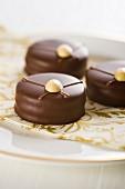 Ischler Krapferl (Austrian chocolate cakes)