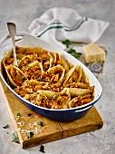 Muschelnudel gefüllt mit Hühnerfleisch & Pilzen