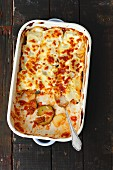 Minced chicken bake with courgettes, potatoes and mozzarella