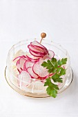 Radish and fennel salad with parsley