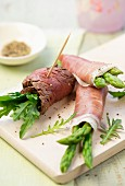 A roast beef and rocket roll, and two Parma ham and asparagus rolls