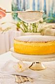 Quark cake with icing sugar