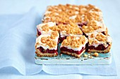 Cherry cake with meringue and crumbles