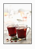Mulled wine with almonds