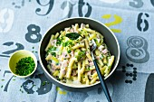 Cheese & ham macaroni with leek