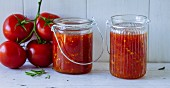 Tomato and rosemary preserve