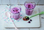 Blueberry and buttermilk drink with honey