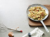 Prawn scrambled egg with courgette (Paleo diet)