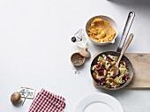 Pilz-Spitzkohlpfanne mit Süsskartoffelpüree (Paleo-Diät)