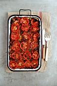 Lasagne mit Hackfleischsauce und Tomaten