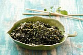 Fried seaweed with sesame seeds