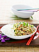 Glass Noodles with Minced Chicken and Zucchini