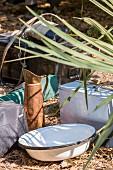 Waschutensilien auf Wandersafari, Sambia, Afrika