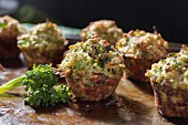 Mini broccoli muffins