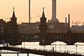 Die Oberbaumbrücke, Berlin, Deutschland