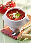 Tomato soup with chilli rings and sour cream