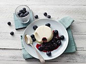 Yoghurt panna cotta with moringa blueberries