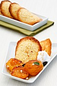 Baked apricots with almond crisps