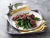 Fried minced meat with green beans and ham (LCHF)