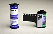 Photographic colour slide film