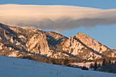 A cap cloud over the Colorado Front Range
