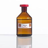 Nitric acid,laboratory bottle